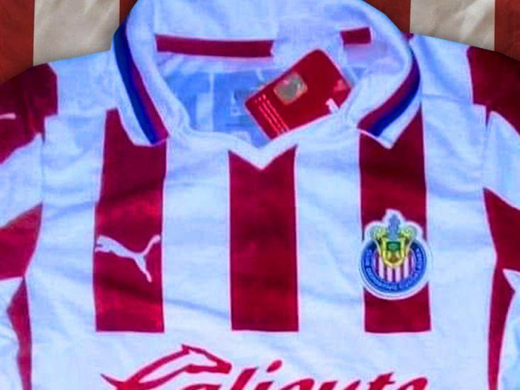Esta sería la nueva camiseta del Chivas para el próximo torneo de la Liga MX.