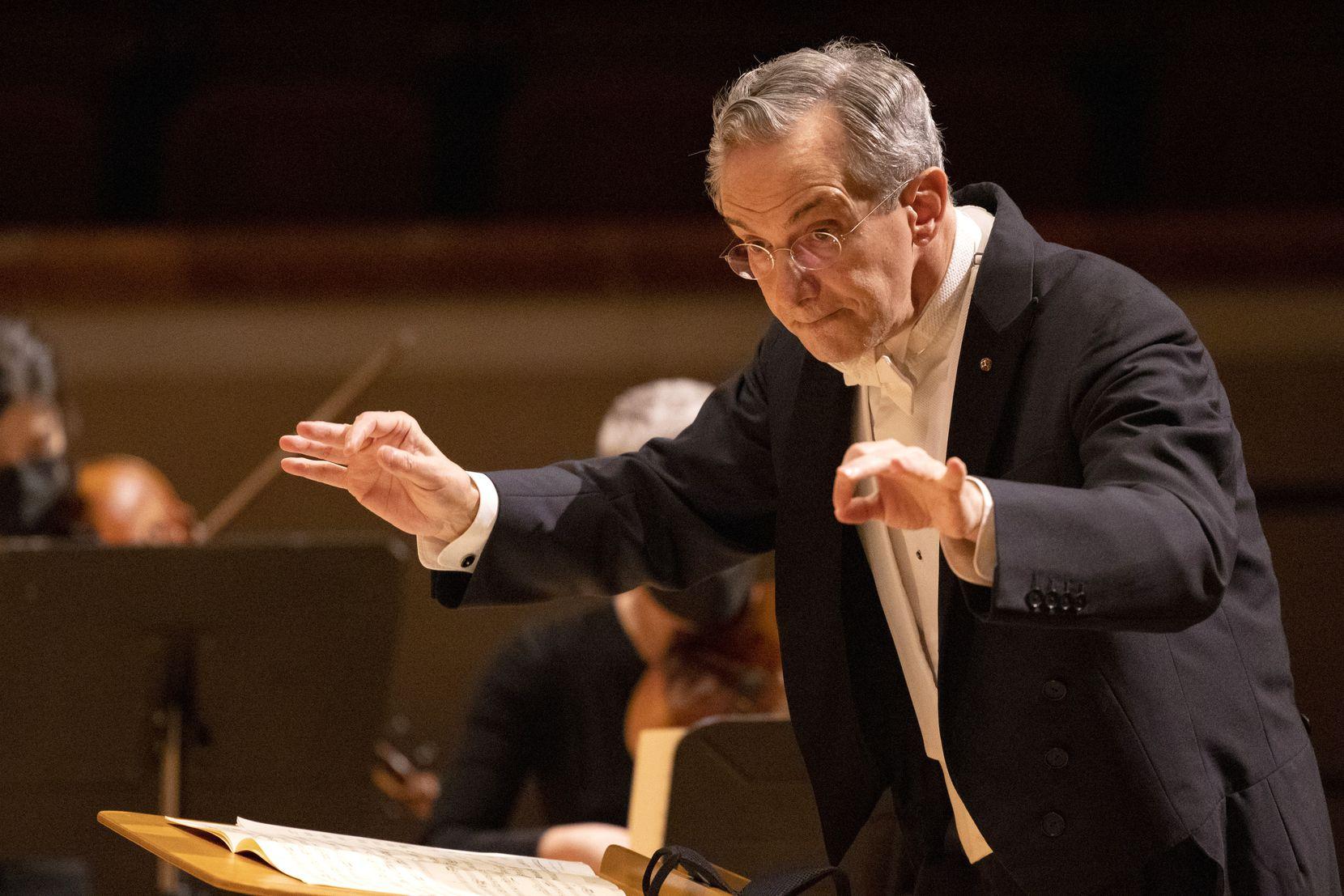 Music director Fabio Luisi leads the Dallas Symphony Orchestra in Mozart's Adagio and Fugue in C minor, K. 546.