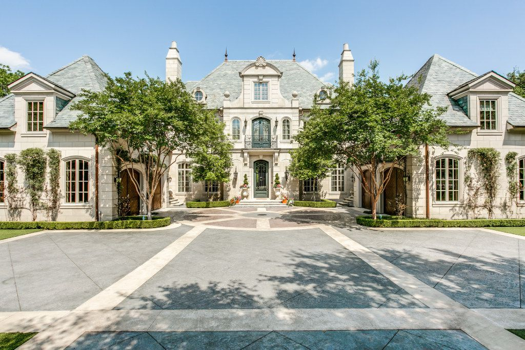 The front facade of the mansion at 4850 Preston in Highland Park. With an asking price of $12 million, the house was sold by owner Jimmy Westcott.