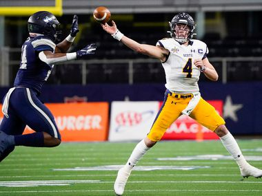 Highland Park quarterback Chandler Morris throws a pass under pressure from Frisco Lone Star linebacker Jaylan Ford during the first half of a Class 5A Division I Region II semifinal playoff football game at AT&T Stadium non Friday, Nov. 29, 2019, in Arlington. (Smiley N. Pool/The Dallas Morning News)
