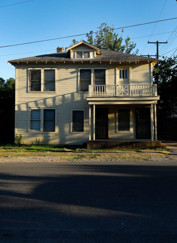 Lee Harvey Oswald's duplex at 214 West Neely St. in the Oak Cliff neighborhood of Dallas.