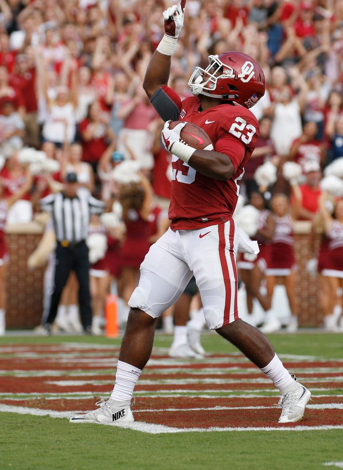 Oklahoma RB Abdul Adams leaves game vs Iowa State with ankle injury