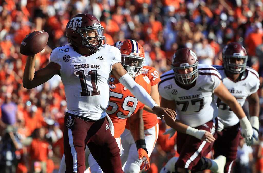 CLEMSON, SOUTH CAROLINA - SEPTEMBER 07: Kellen Mond #11 of the Texas A&M Aggies drops back to pass against the Clemson Tigers during their game at Memorial Stadium on September 07, 2019 in Clemson, South Carolina. (Photo by Streeter Lecka/Getty Images)