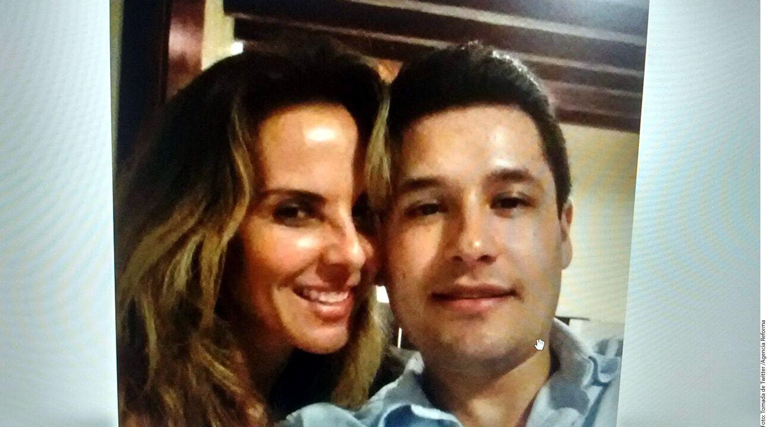 """Este miércoles se filtró una fotografía en la que aparece Kate del Castillo al lado de Jesús Alfredo Guzmán Salazar, hijo de Joaquín """"El Chapo"""" Guzmán y quien fue privado de su libertad el lunes en Puerto Vallarta./AGENCIA REFORMA"""
