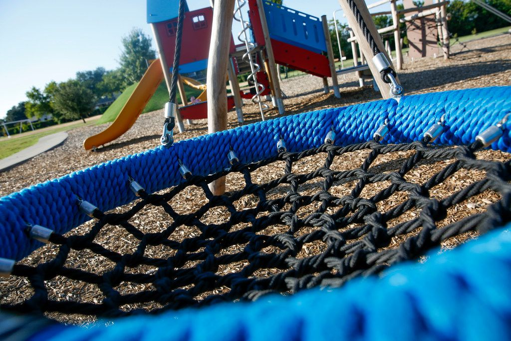 The Cool School Park at Dan D. Rogers Elementary School  August 16,  2019. The city and Dallas ISD have quietly teamed up to expand park space in the city by investing in and opening school playgrounds as after hour parks.(Brian Elledge/Staff Photographer)
