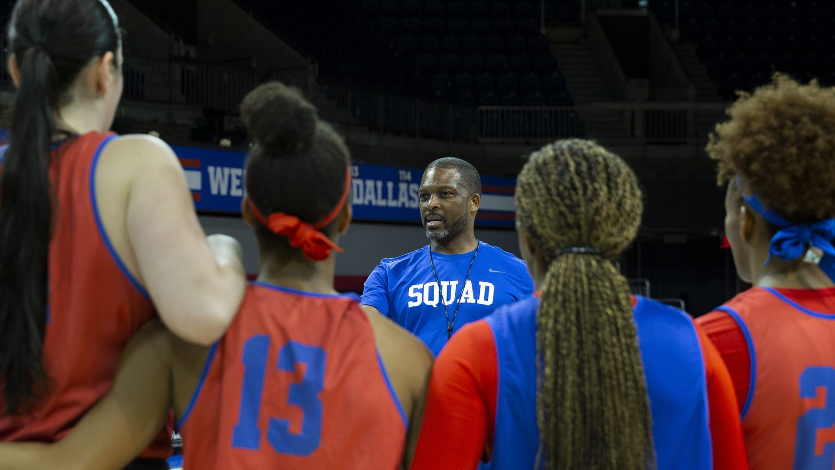 Travis Mays, head coach of SMU women's basketball, gives final directions to his players to close out a team practice at the Moody Coliseum on Friday, Jan. 3, 2020. The SMU women's basketball team faced the No. 1 ranked University of Connecticut Huskies on Sunday, but were defeated 80-42. (Lynda M. Gonzalez/The Dallas Morning News)
