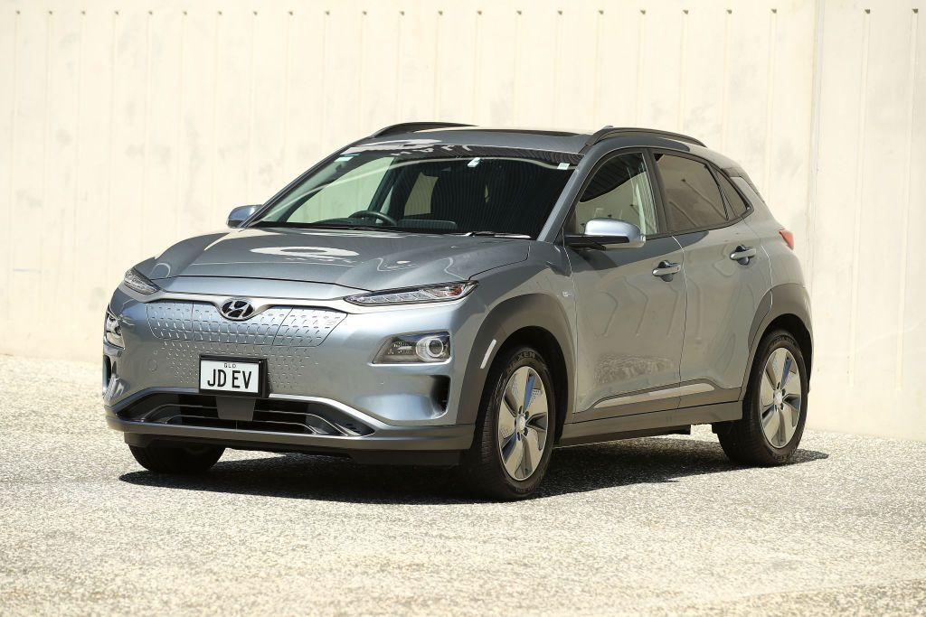 Las mejores SUV crossover extracompactas toman las características de manejo preciso de un sedán y le añaden funcionalidad. El Hyundai Kona es un ejemplo perfecto de esta fórmula bien aplicada.