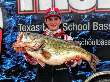 Pake South of Winnsboro set a new big bass state record for the Texas High School Bass Fishing Association league with a 12.80-pounder he reeled in at Lake Bob Sandlin on Feb. 27 during the Northeast Division event. South, 16, fished the team tournament solo and topped 92 other teams with 22.27 pounds.