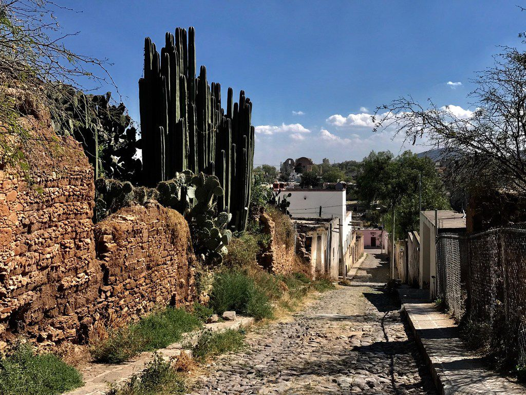 Traveling through the stunning countryside of Guanajuato, Mexico, underscores that more Mexicans nowadays are more interested in staying in Mexico than migrating to the United States to work.
