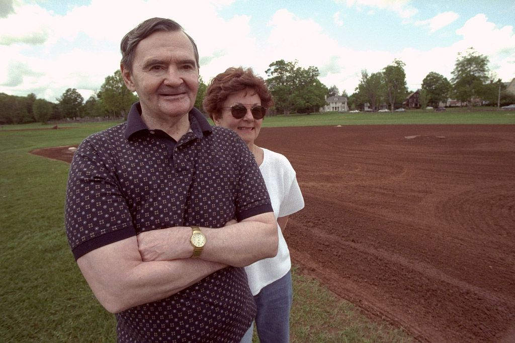 Baseball pitching legend from the 1960's, Steve Dalkowski, shown May 07, 1998 with his sister, Patti Cain, at Walnut Hill Park in New Britain, Conn.