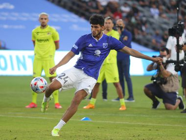 Los Angele4s, CA, Aug: Ricardo Pepi of FC Dallas kicks the ball during the MLS 2021 All-Star Skills Challenge at Banc of California Stadium in Los Angeles, CA, Tuesday, August 24, 2021.