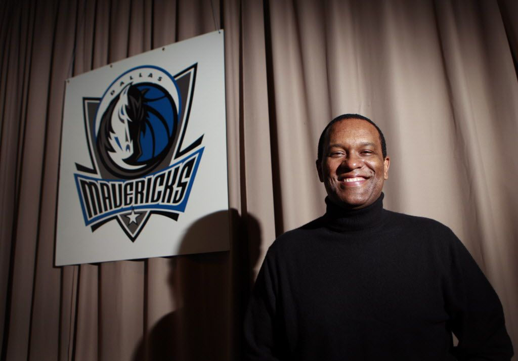 1/27/2010  -- 10000950A  --  Portrait of Mavericks executive Terdema Ussery, who is the local in charge of the NBA All Star game. Photographed at the MavericksÕ offices on Wednesday 27, 2010. ( Kye R. Lee / The Dallas Morning News ).