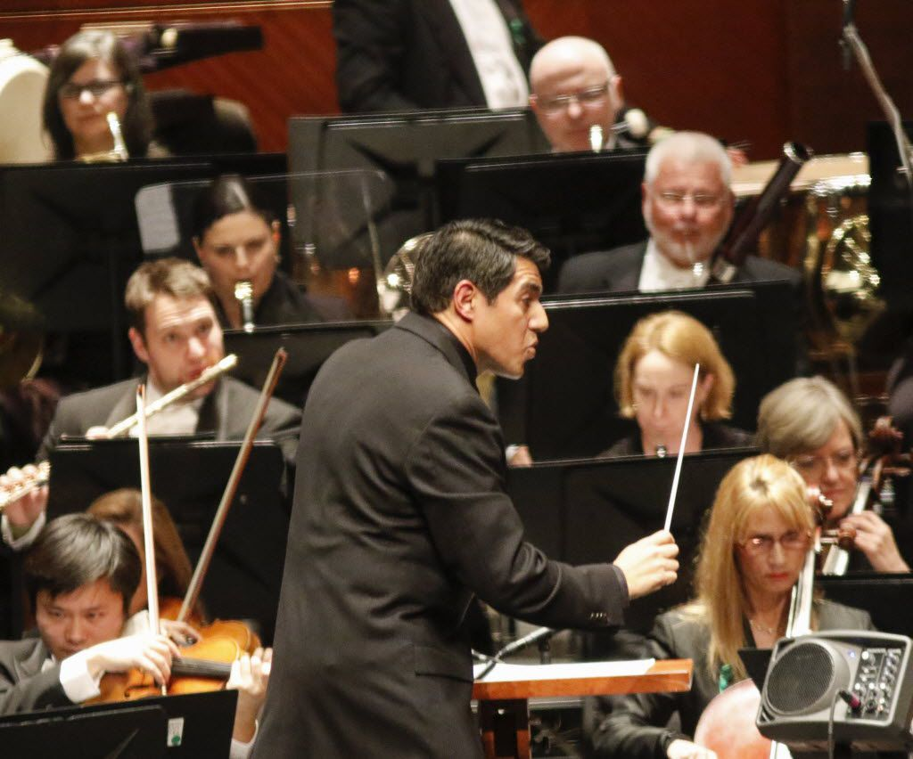 Conductor Miguel Harth-Bedoya led the Fort Worth Symphony Orchestra as it played composer Mason Bates' Mothership at Bass Performance Hall downtown Fort Worth in January. (Ron Baselice/ The Dallas Morning News)