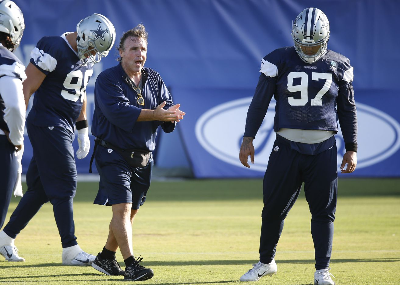 Dallas Cowboys defensive line coach Jim Tomsula works with the defensive line during the first day of training camp at Dallas Cowboys headquarters at The Star in Frisco, Texas on Friday, August 14, 2020. (Vernon Bryant/The Dallas Morning News)