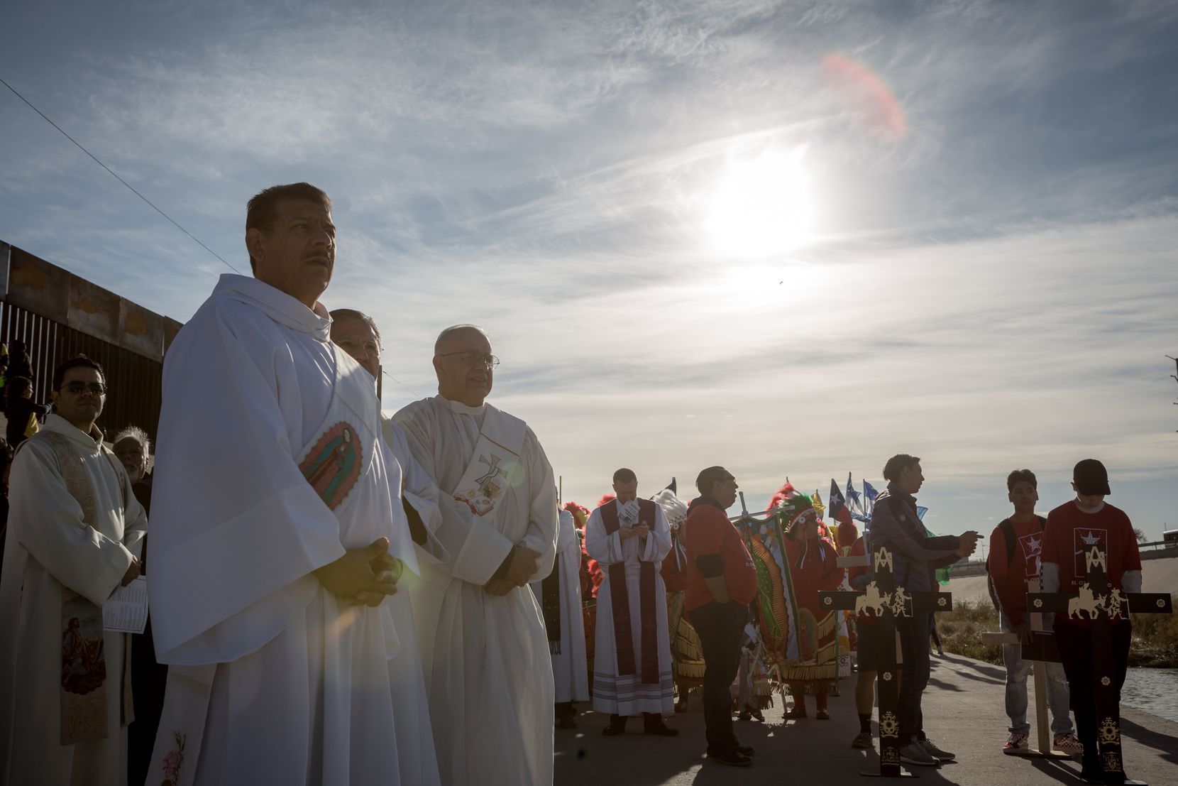 The procession for the Dia de los Muertos Mass on the Rio Grande in El Paso on Saturday, Nov. 2, 2019.