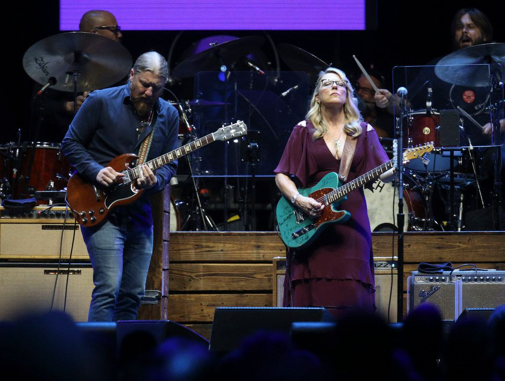 Derek Trucks (left) and Susan Tedeschi of the Tedeschi Trucks Band perform at the Crossroads Guitar Festival on Saturday, Sept. 22, 2019 at the American Airlines Center in downtown Dallas. The concert put together by Eric Clapton, which benefits his Crossroads addiction recovery center, took place over two nights with different performers each night. (Michael Hamtil/The Dallas Morning News)