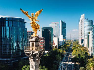 Las personas de la Ciudad de México que viven en cualquier parte del mundo podrán votar por un Diputado Migrante en las elecciones de este año. En la imagen, el Ángel de la Independencia, uno de los monumentos simbólicos de la capital mexicana.