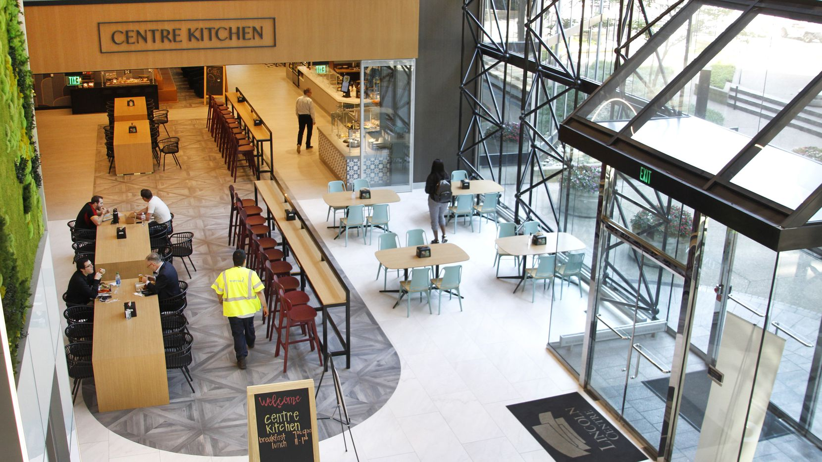 The recently renovated Lincoln Centre 2 office tower includes an updated food court, as shown in photo, outside dining, lobby and upper terrace areas as well as a new park. The near 40-year-old office campus is located at LBJ Freeway and the Dallas North Tollway.. (Steve Hamm/ Special Contributor)