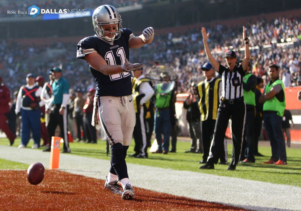 Dallas Cowboys wide receiver Cole Beasley (11) celebrates after a touchdown during the second quarter at FirstEnergy Stadium in Cleveland, Ohio on Sunday, Nov. 6, 2016. The Cowboys won 35-10. (Rose Baca/The Dallas Morning News)