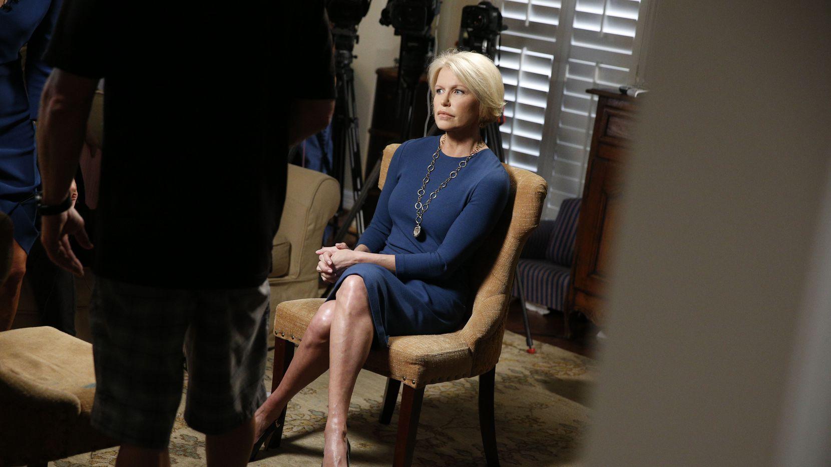 La fiscal de Dallas Susan Hawk durante una entrevista en la que habló sobre su depresión y consumo de analgésicos.