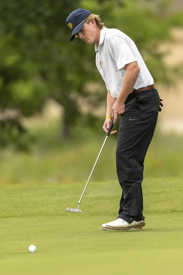 Highland ParkÕs Thompson Huthnance putts on the 12th green during round 1 of the UIL Class 5A boys golf tournament in Georgetown, Monday, May 17, 2021. (Stephen Spillman/Special Contributor)