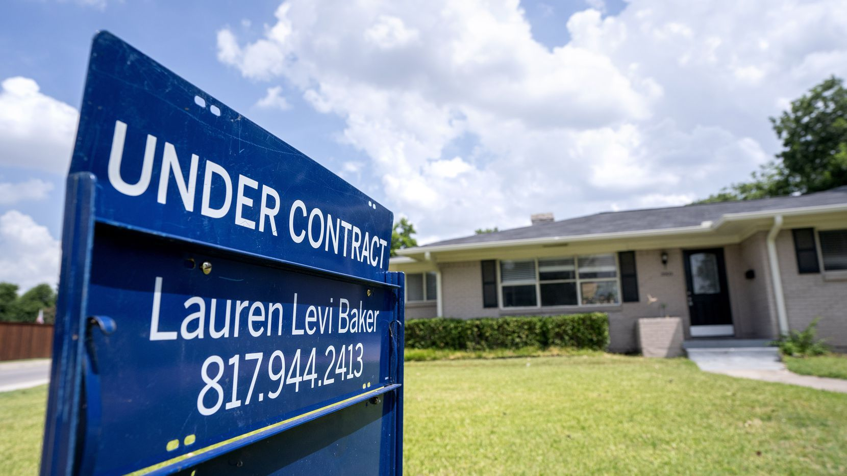 D-FW homebuyers are spending an average of about 18% of their income on the house purchase. (Jeffrey McWhorter/Special Contributor)
