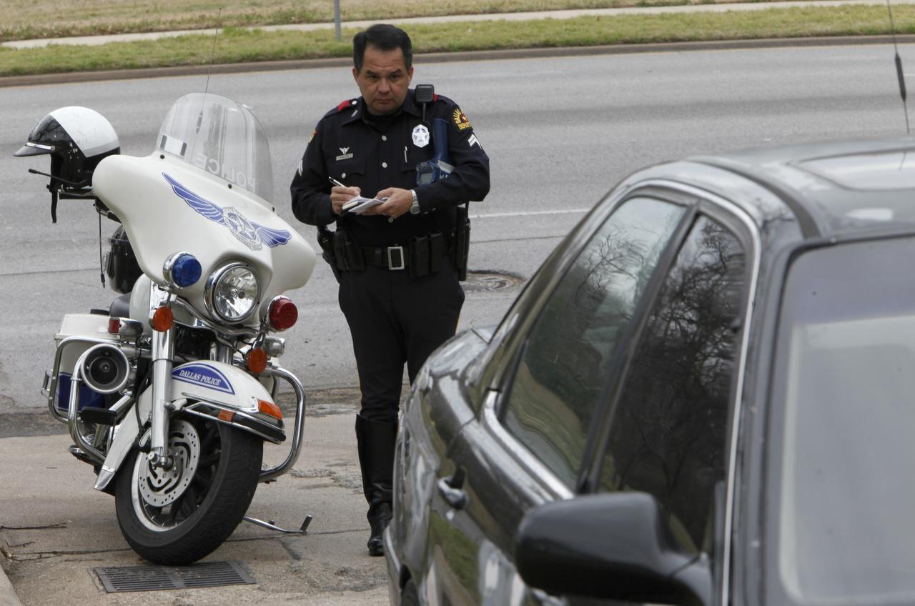 """El Consulado General de México en Dallas presentará el foro """"Protocolo recomendado de actuación en caso de detención por algún incidente de tránsito""""  el jueves. (DMN/ARCHIVO)"""