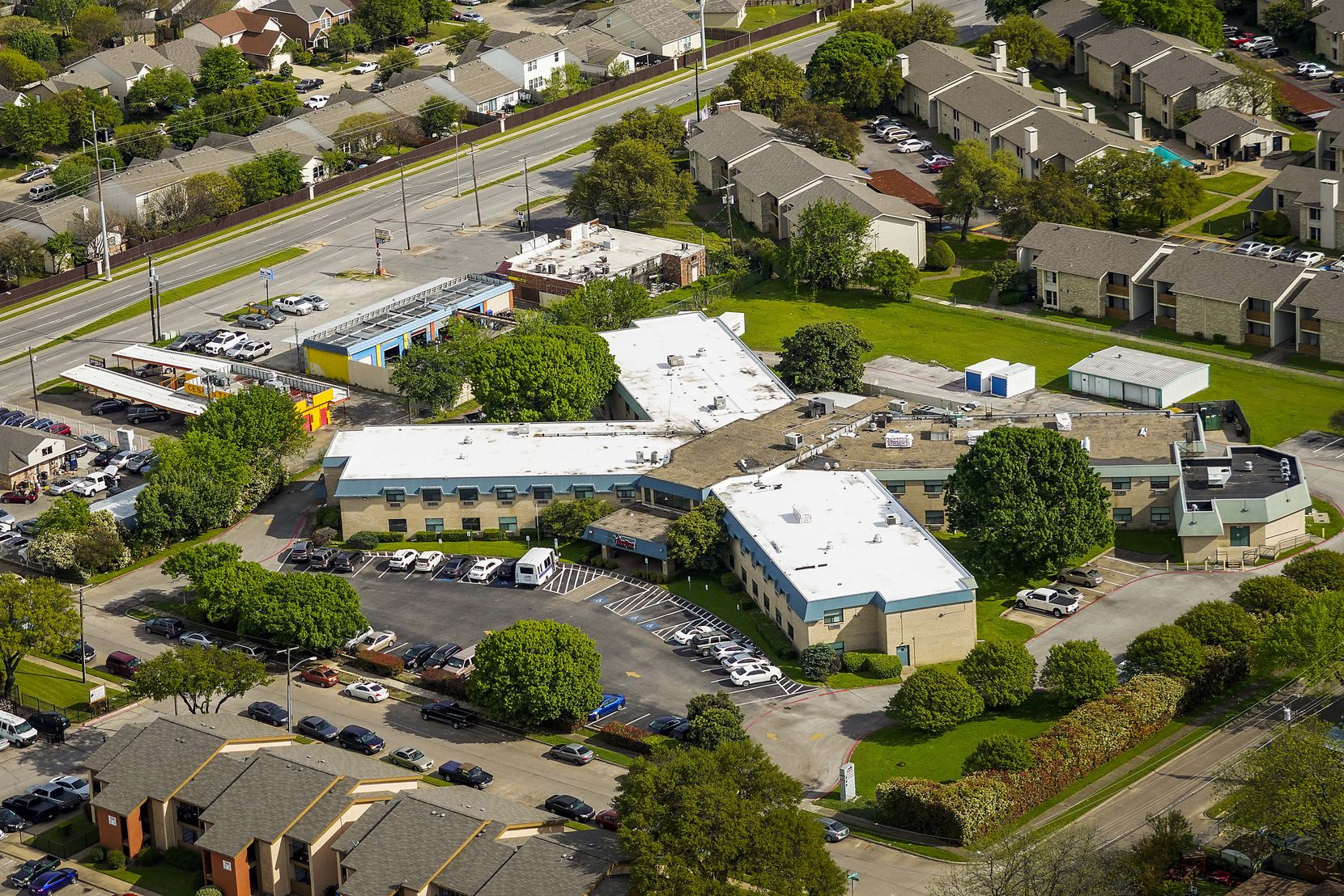 An aerial view of Skyline Nursing Center in Dallas.