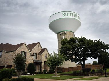A Southlake water tower is pictured in a neighborhood. The city fared well in a WalletHub ranking of the best small cities in America. (Tom Fox/The Dallas Morning News)