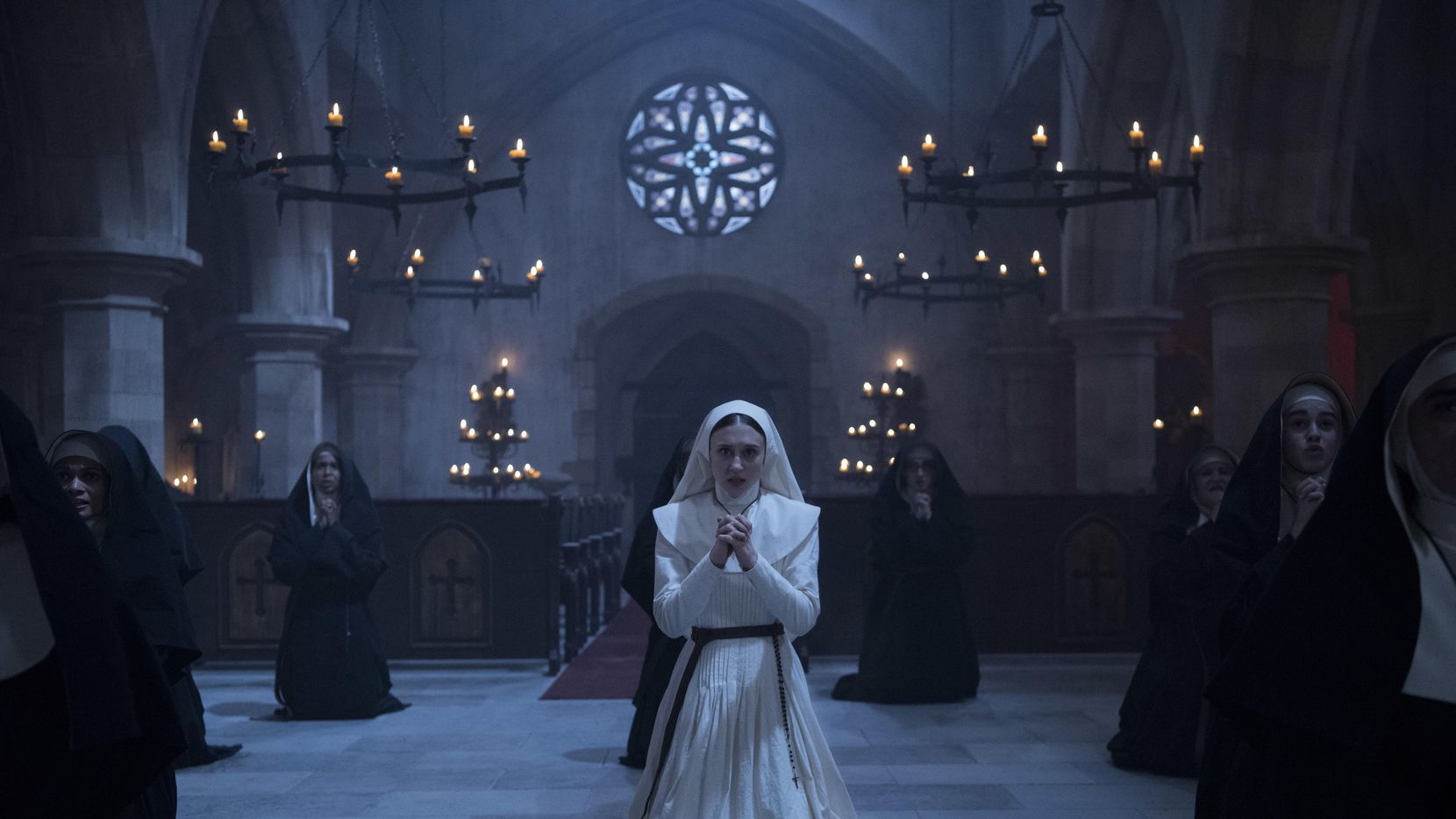 """Imagen proporcionada por Warner Bros. Pictures de la actiz Sandra Teles en una escena de """"The Nun"""".(AP)"""