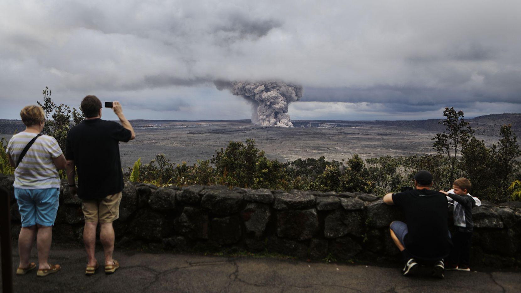 El volcan Kilauea en el Hawaii Volcanoes National Park emite gases tóxicos desde hace semanas.(GETTY IMAGES)