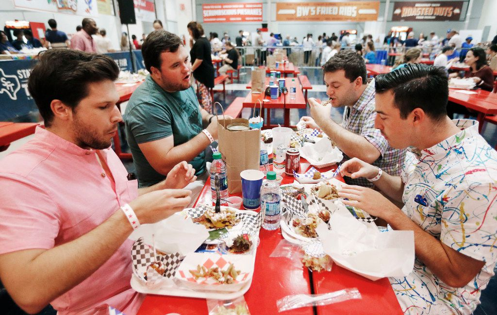 (L to R clockwise) Will Engel, Kelly Turner, Trey Wallette and Devin Richman sample the 10 finalist dishes during the The Big Tex Choice Awards at Fair Park in Dallas, Sunday, August 27, 2017. (Brandon Wade/Special Contributor)