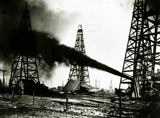 Spindletop photograph