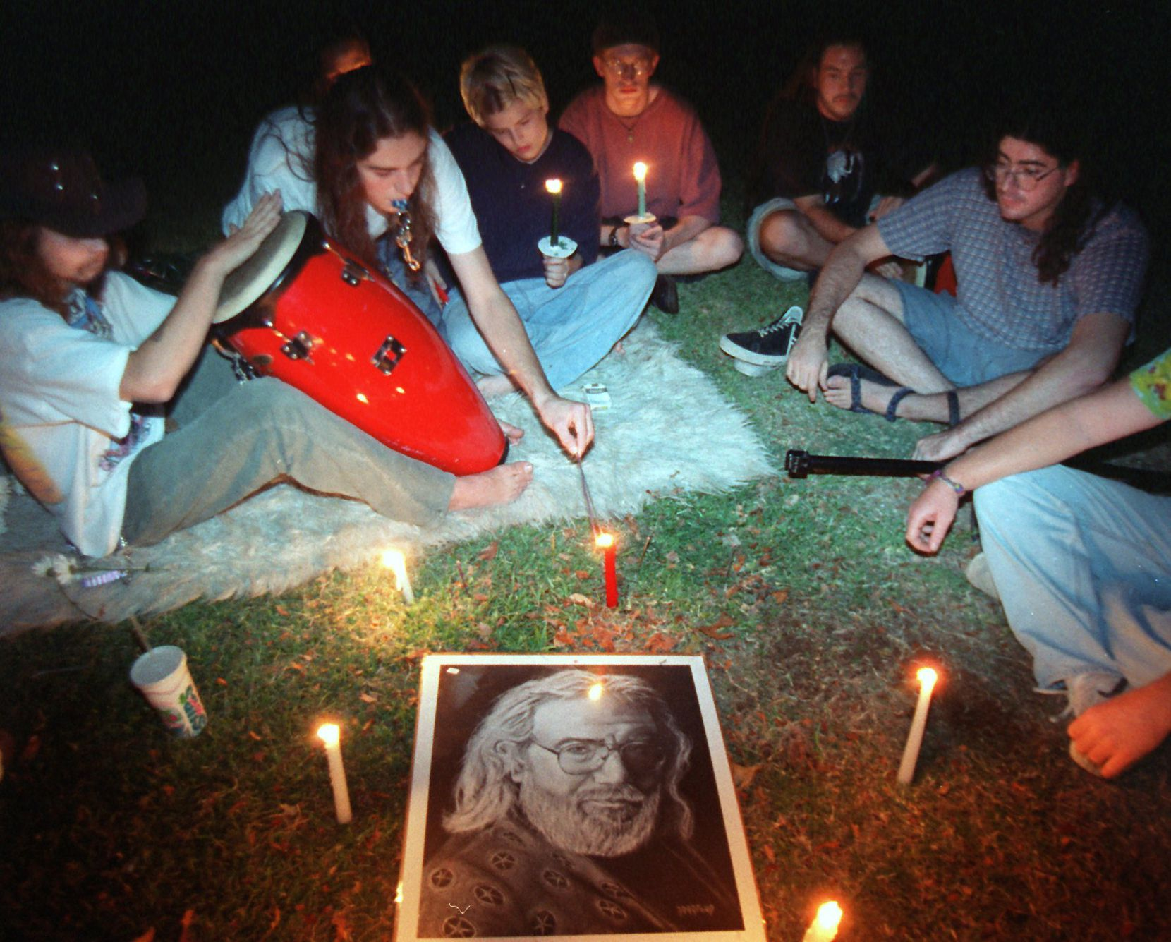 In August 1995, Deadheads gathered in Lee Park for a candlelight  vigil to mark the death of Jerry Garcia.