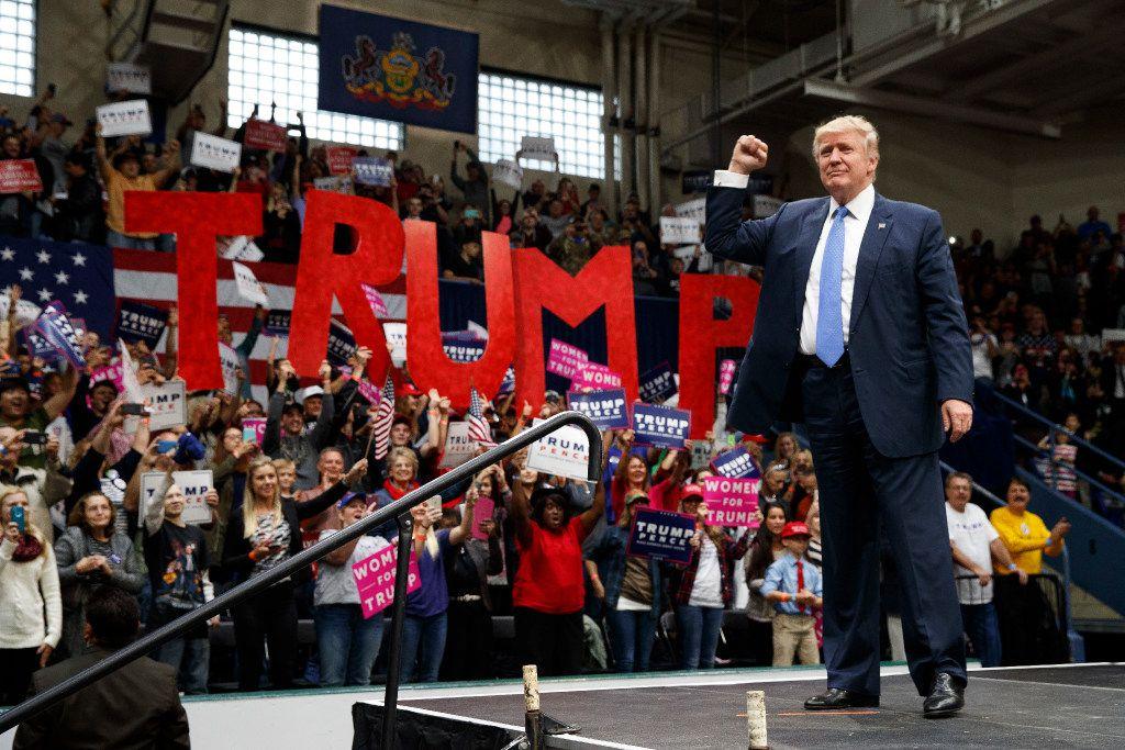 Foto de archivo de Donald Trump haciendo campaña en 2016 en Johnstown, Pennsylvania.