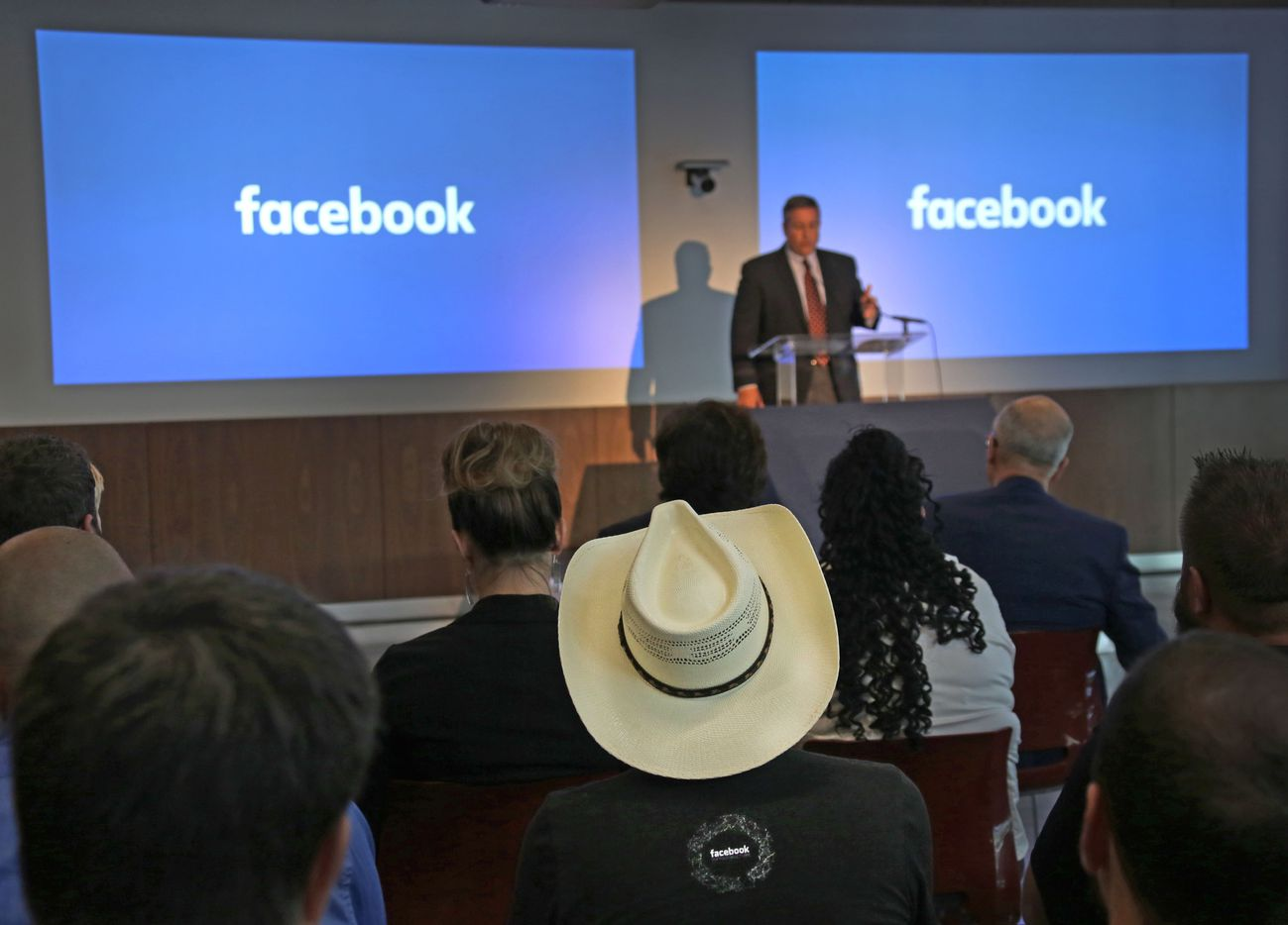 Tom Furlong, vice president of infrastructure at Facebook, greets guests and media during the grand opening and tour of Facebook's Fort Worth Data Center.