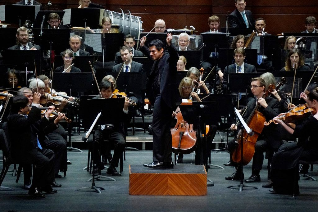 Conductor Miguel Harth-Bedoya directs the Fort Worth Symphony Orchestra in Slava! A Political Overture at Bass Performance Hall in Fort Worth on Aug. 24, 2018. (Lawrence Jenkins/Special Contributor)