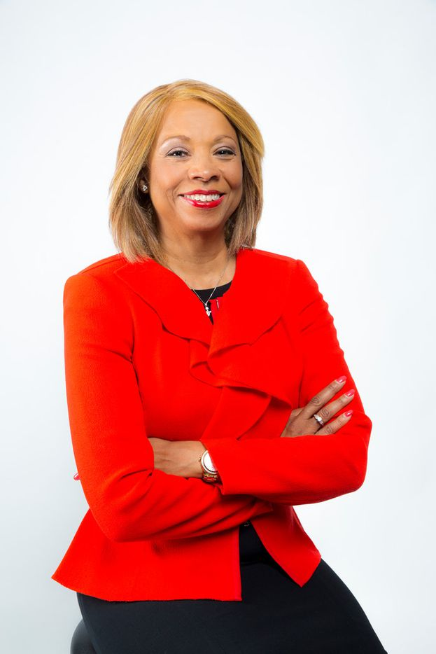 Dallas Area Rapid Transit promoted Nicole O. Fontayne-Bárdowell to executive vice president and chief administrative officer.