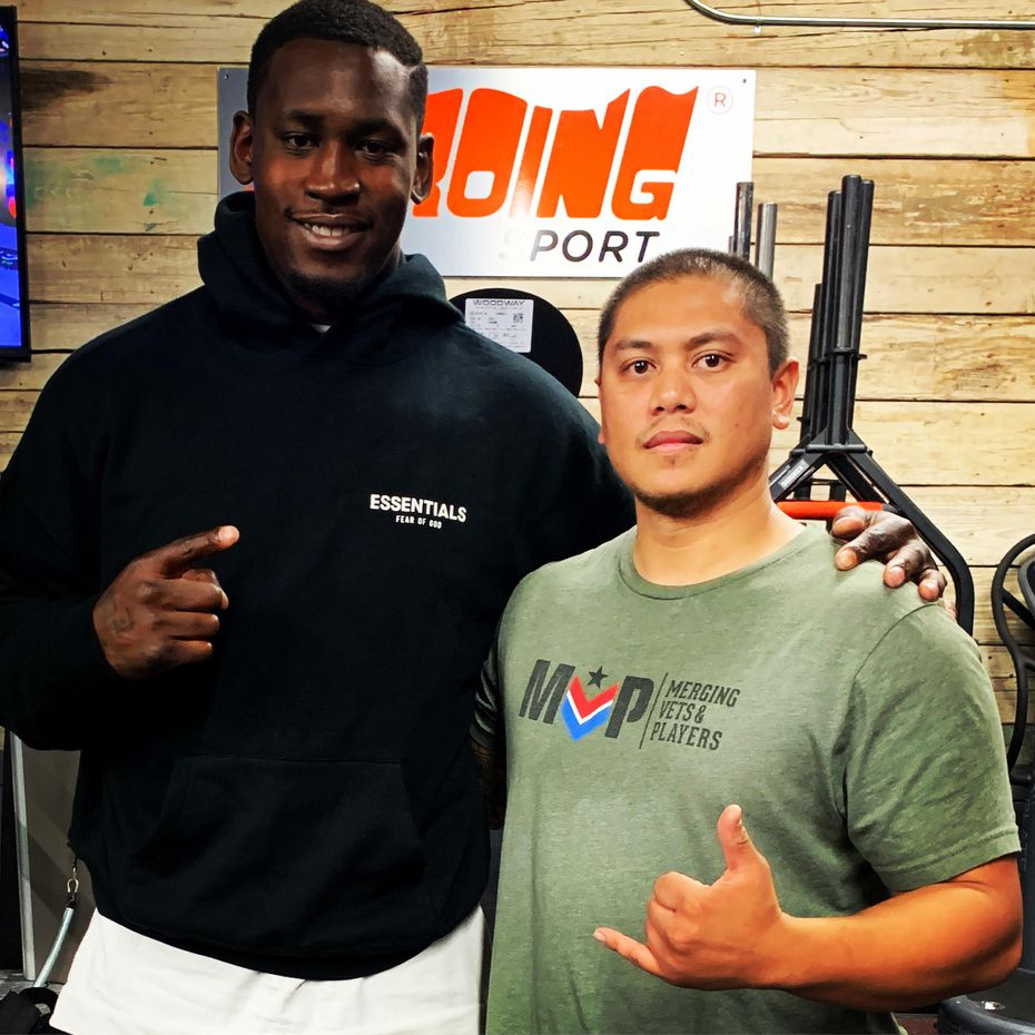 Aldon Smith and Yves Cachuela met in 2019 at a Los Angeles gym and eventually struck up a friendship. Cachuela, a lifelong 49ers fan and Marine veteran, gifted Smith with his Purple Heart medal
