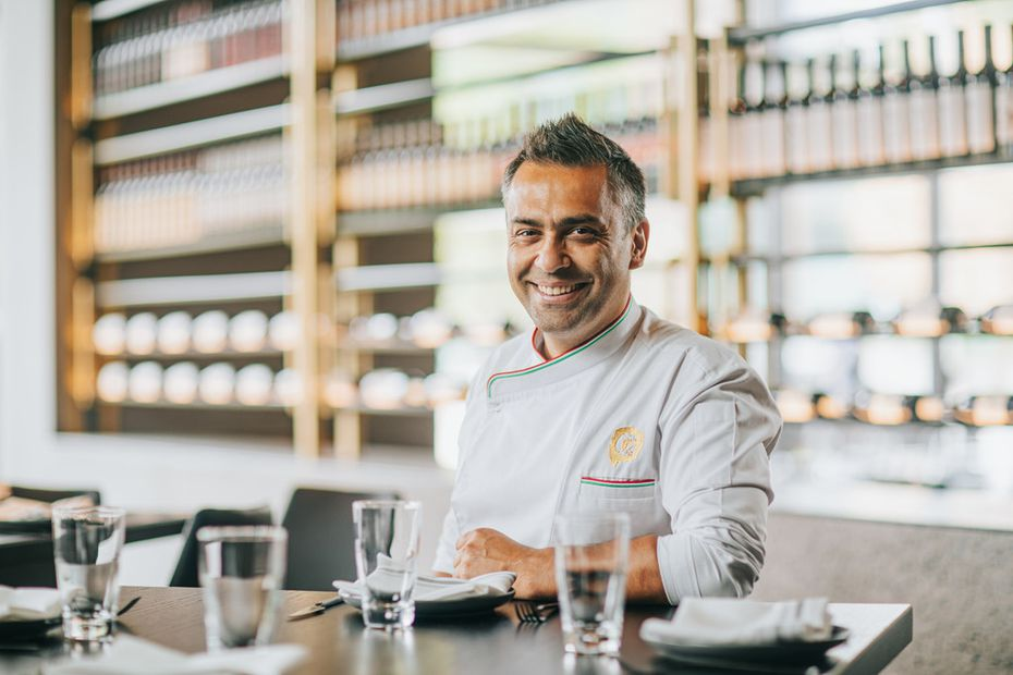 Australian chef Johnny Di Francesco founded 400 Gradi.