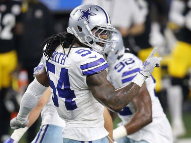 Cowboys middle linebacker Jaylon Smith (54) celebrates a pass breakup on Steelers tight end Eric Ebron during the fourth quarter of a game at AT&T Stadium in Arlington on Sunday, Nov. 8, 2020.