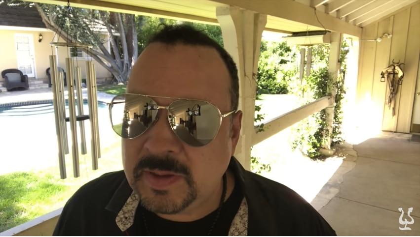 Pepe Aguilar habló a través de un video en sus sitios oficiales sobre el caso de su hijo Emiliano. / FOTO TOMADA DE YOUTUBE