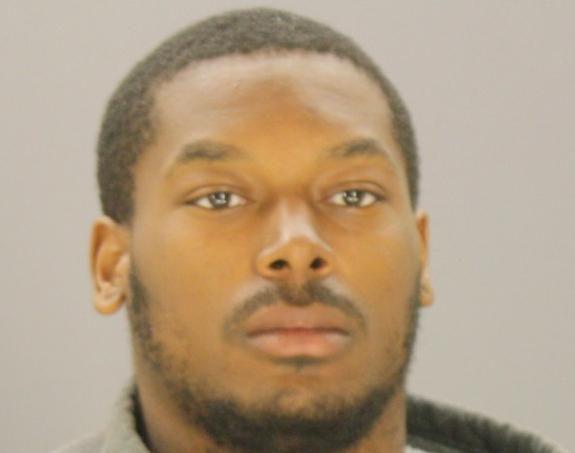 Thomas Johnson, de 21 años, fue arrestado y acusado de apuñalar a un corredor en el White Rock Creek Trail. (CORTESÍA/CÁRCEL DEL CONDADO)
