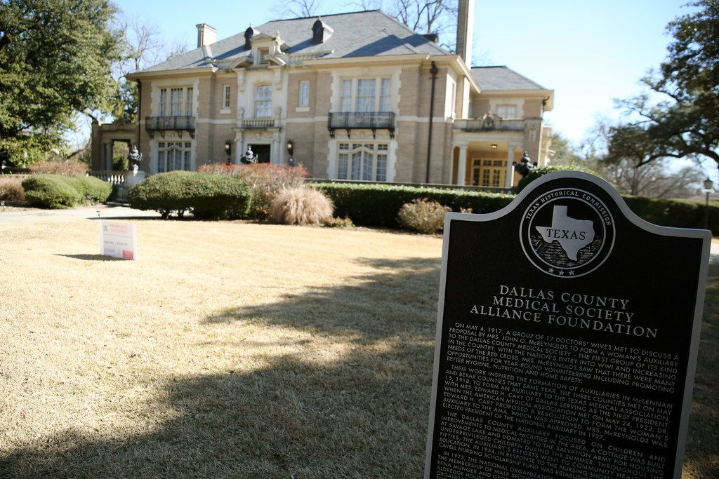 The Aldredge House, which was gifted to the Dallas County Medical Society Alliance in 1973 by Rena Munger Aldredge and family, has over the years become a popular wedding venue.
