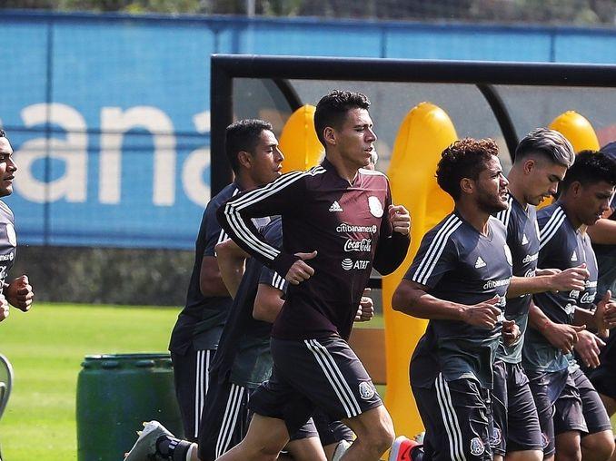 La selección mexicana trabaja en Dallas para preparar sus tres partidos de la fase de grupos en la Copa Oro.