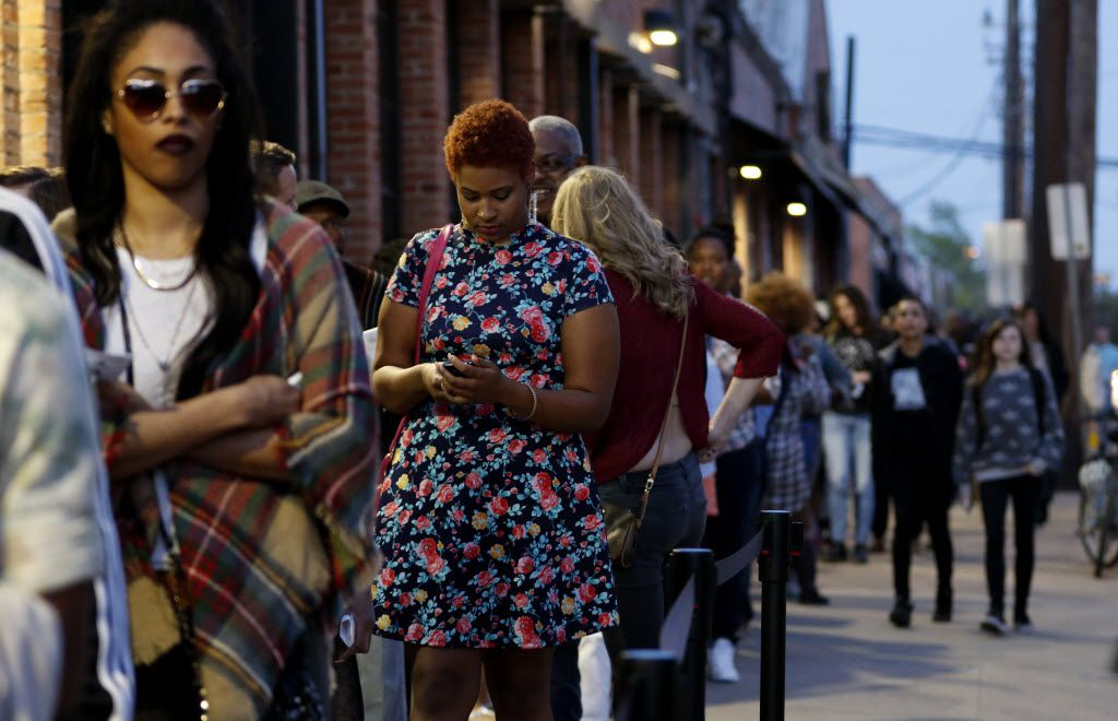 The line to get into The Bomb Factory wrapped around the block -- like, the entire block -- even after Sarah Jaffe's set had started (Rose Baca/Staff photographer)
