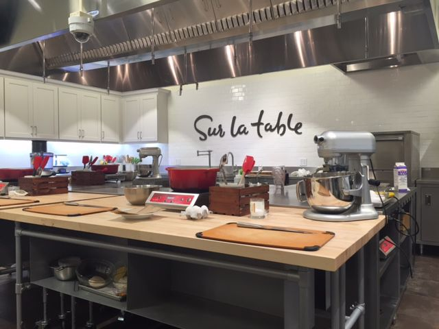 Sur La Table cooking class area in the Knox District on Cole Street in Dallas next to Trader Joe's. The shop was previously located on Travis Street and moved in 2016.