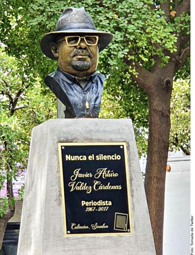 Amigos y familiares del periodista Javier Valdez develaron a mediados de mayo en Culiacán, Sinaloa, un busto en su memoria, en el cuarto aniversario de su asesinado, ocurrido el 15 de mayo de 2017.