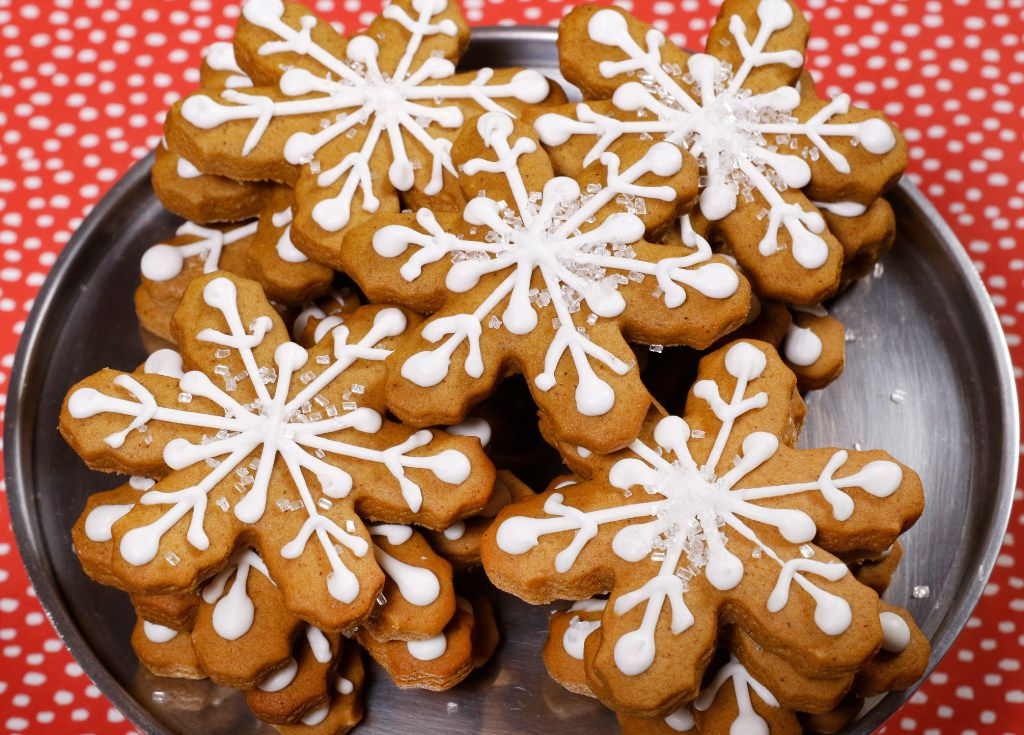 Gingerbread Snowflakes sparkle with the holiday season. (David Woo/Staff Photographer)