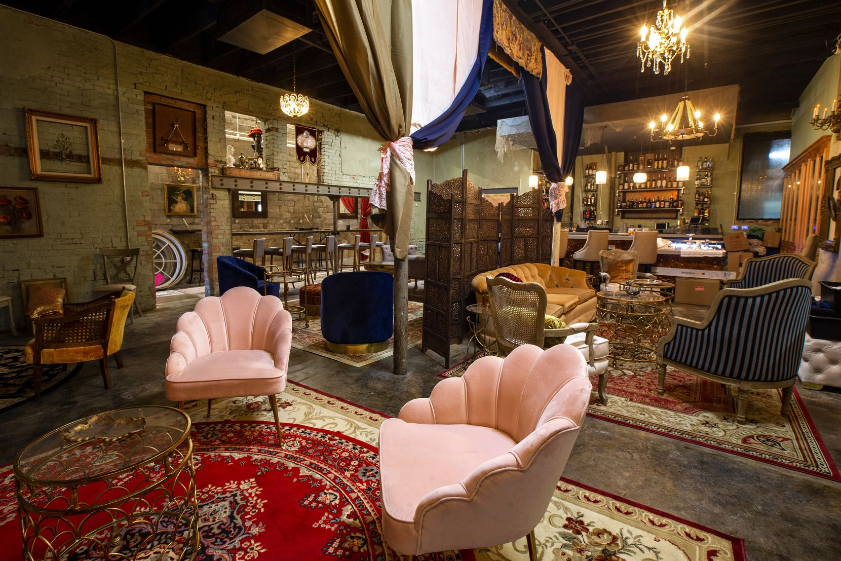 The Amber Room, a Gatsby-style speakeasy, is attached to a new restaurant named Wishbone & Flynt.